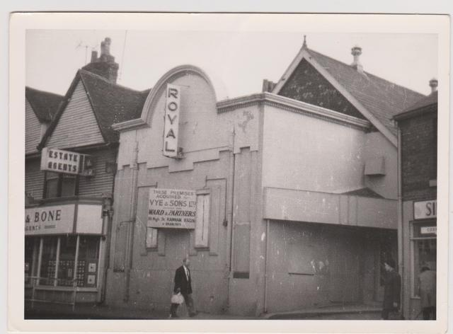 The Early Years of Cinema in Rainham