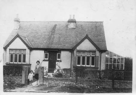 A house in Marshall Road in 1929 at the time of the ceremony at Rainham Mark
