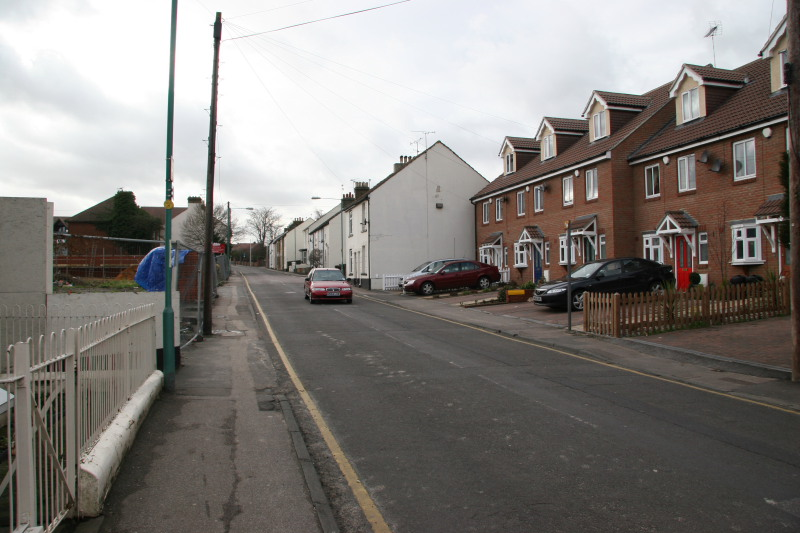 Same location photo of new houses built on Orchard Car sales site, 2003