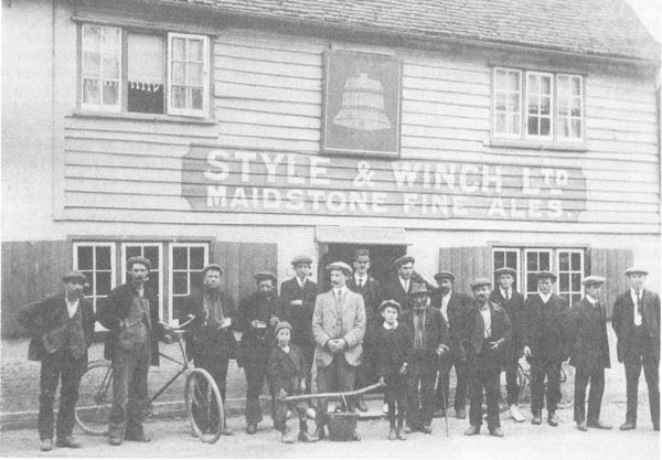 Photo of Bredhurst Bell customers in early 1900s. The pub sold Style and Winch fine ales