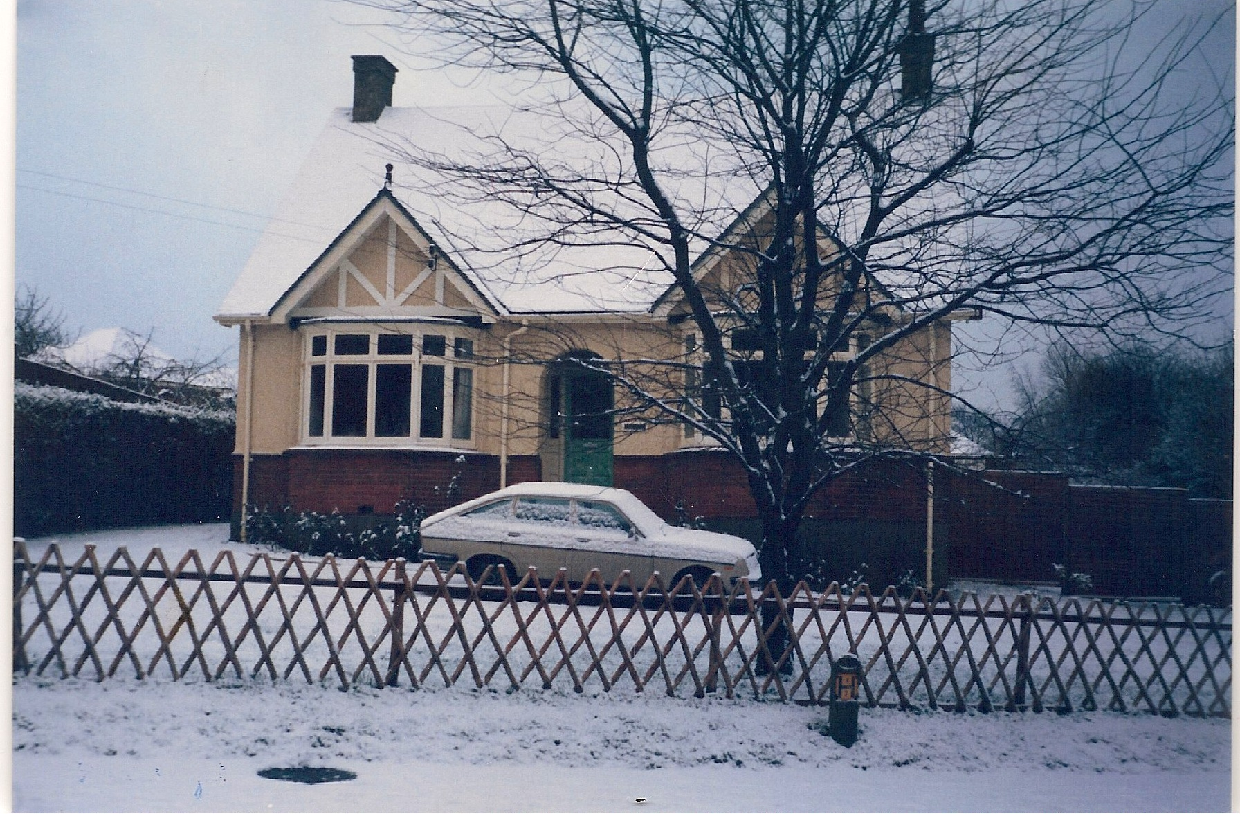 Slightly lighter snow at 27 Wigmore Road in 1987