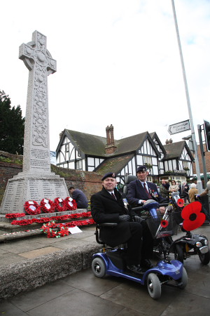 Rainham Remembrance Day Veterans at Memorial 2007